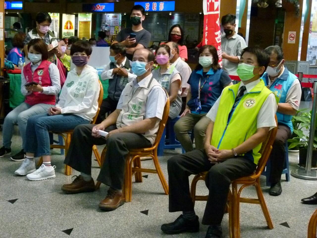 110年度公益活動臺南市西藥盃身心障礙者保齡球賽於黃金保齡球館舉行。_210830_29